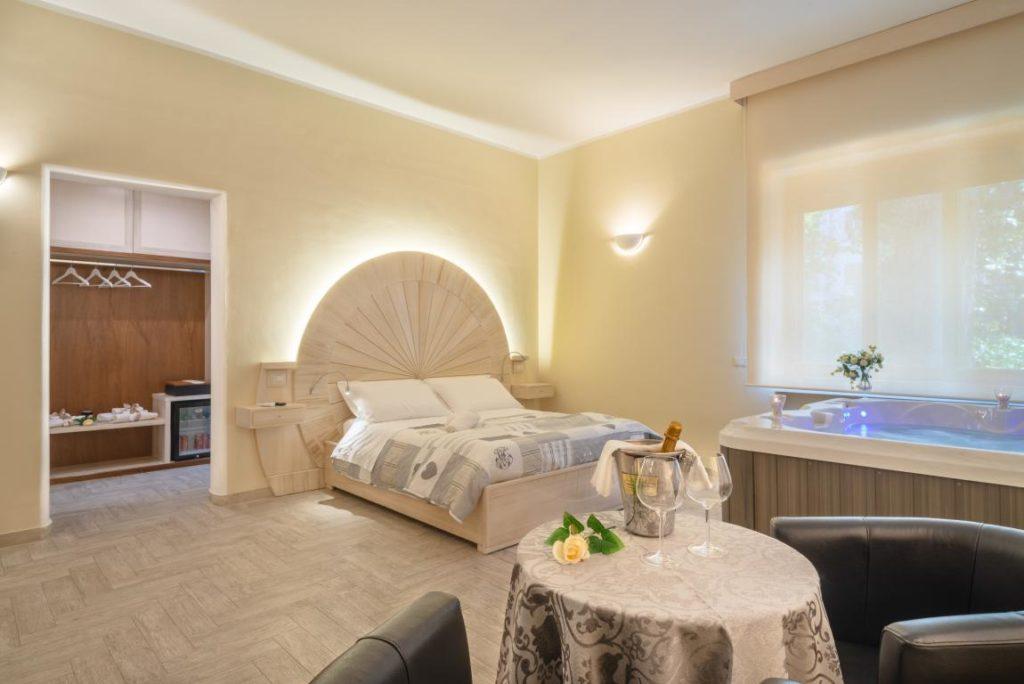 Luxury Suite Queen
